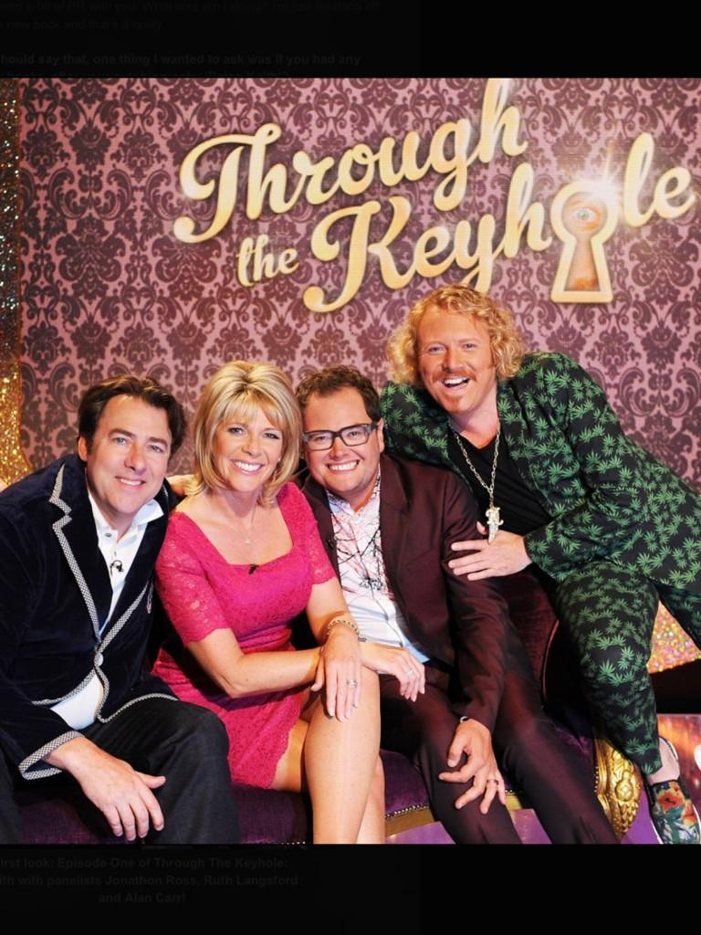 2nd series if keyhole returns this Saturday with Jonathan Ross, Ruth Langsford and Alan Carr on't panel! http://t.co/TD7pNoUUeW