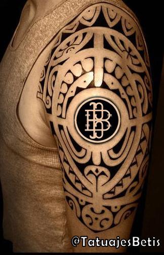 """Tatuajes Del Escudo Del Betis tatuajes del #betis on twitter: """"#montaje. idea para tatuaje: """"doble"""
