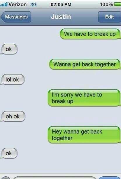 Justin and Selena texting http://t.co/mv4J3Z96kf