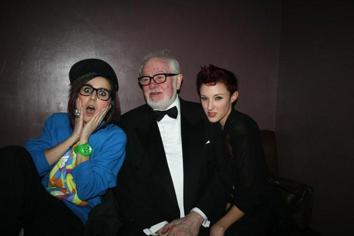 When I met colonel sanders innit.... #throwbackthursday http://t.co/1ocntPxvyz