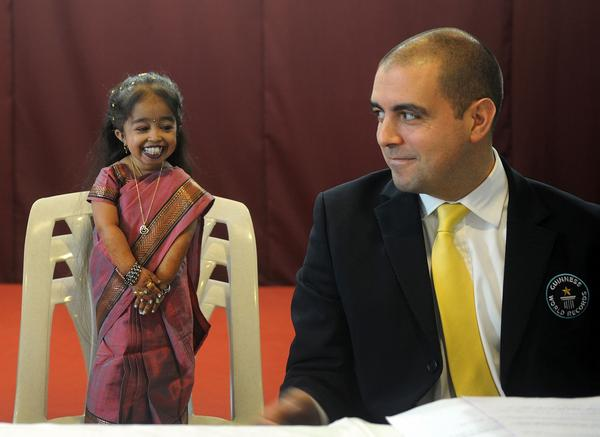 """The Independent on Twitter: """"World's smallest woman joins ..."""