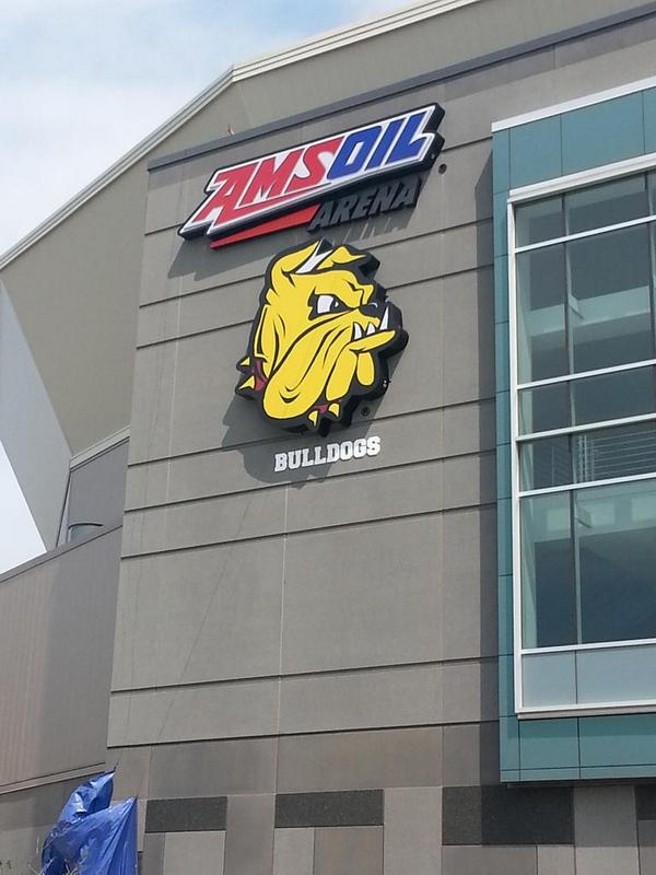 It's official now. :-D @UMDHockey http://t.co/7d7Y0tvPuh