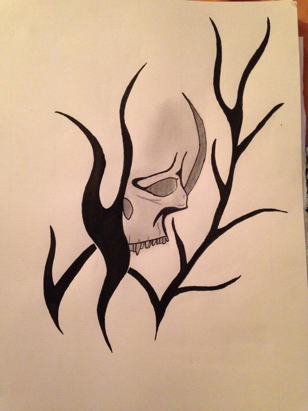 Remy On Twitter Dessin Tribal Flammes Cranes Tatouage