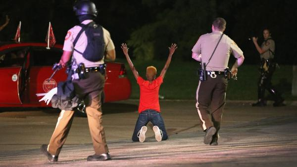 How police are keeping journalists from doing their jobs in #Ferguson http://t.co/fGU0E25Bry http://t.co/BKL9Ld4Oia