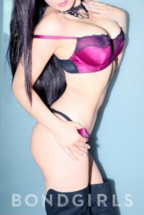 escort lia thai adultwork