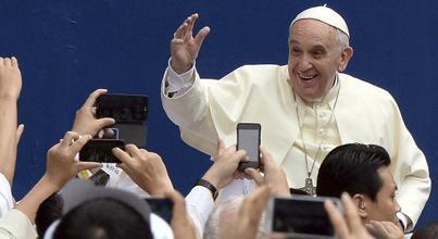 #MetrovisiónNews #Mundo Papa Francisco insta a surcoreanos a rezar por la unificación - http://t.co/6eUDHtRkdi http://t.co/AMXsFE7fL2