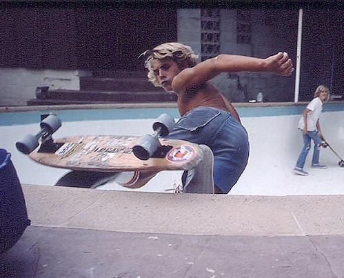 We lost a legend today. He lived hard and skated harder. True legend. #RIPJayAdams http://t.co/7urXw2iy67