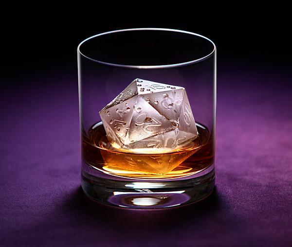 なにこれほしい!w RT @ypys: super_ninki この氷などいかがでしょう? http://t.co/hU7mgOTP1r http://t.co/lJKaCYxRwb