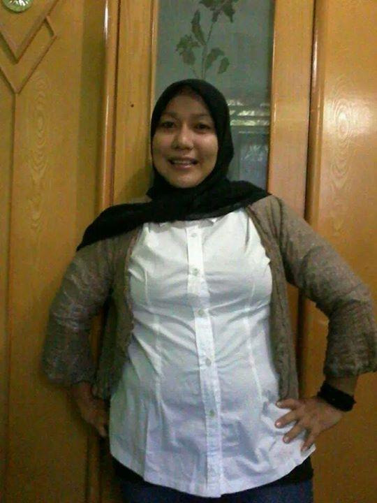 Indonesia cewek jilbab tudung mesum di kamar - 1 5