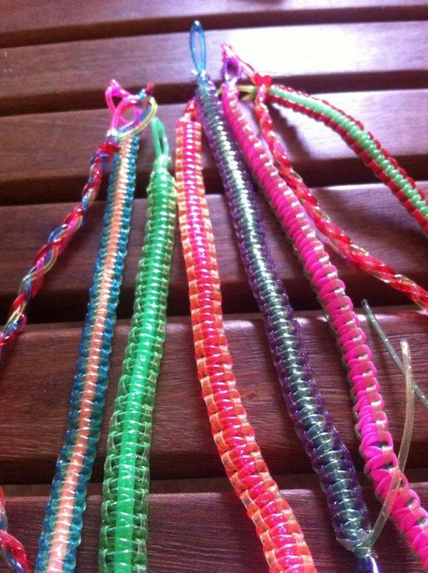 f43beea66e04  escubidu  diy  pulseras  bracelet  handmade pic.twitter.com 3yTTg6SHIt