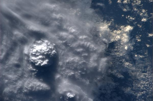 Slike Zemlje iz svemira  - Page 3 BvKHA9-IQAAXMgQ