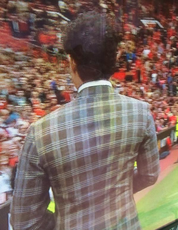 Strange decision by Rory McIlroy, turning up at Old Trafford dressed as Rupert The Bear.... http://t.co/JAAGuduPom