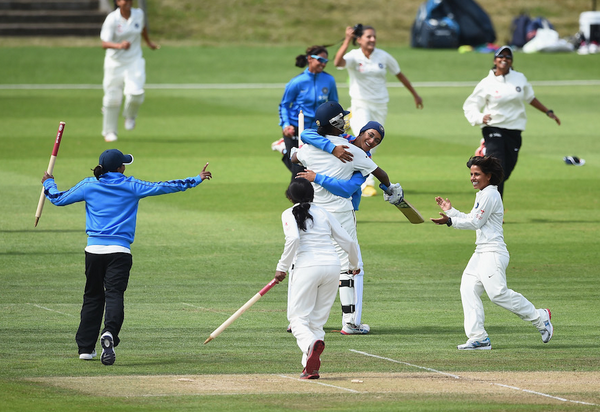 This from when the indian women won is awesome. Almost as good as  Mithali cover drive. http://t.co/z1TrEO40Q6