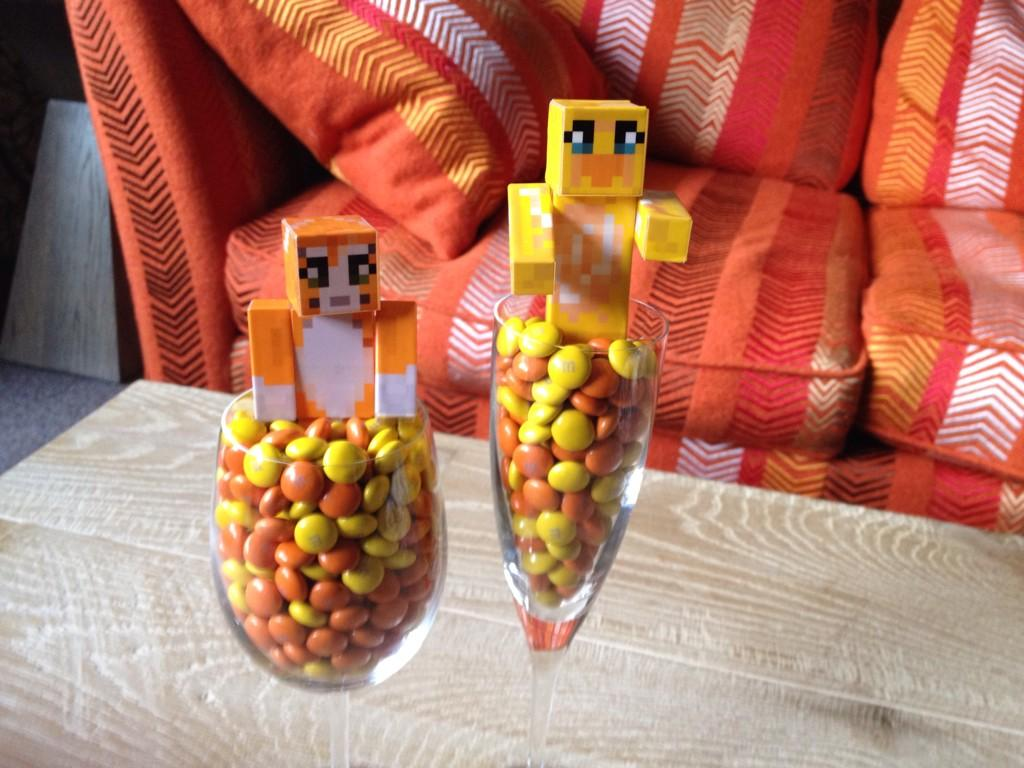 Is Stampy Cat Dating Sqaishey Extra