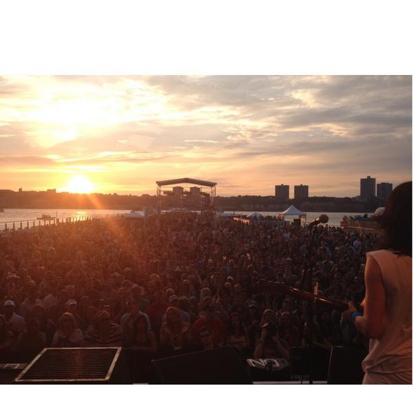 Tonight @JBLLivePier97 w @BrantleyGilbert beautiful view❤️ @SXMTheHighway from the stage #hot45sxm #highwayfind #NYC http://t.co/yLwTcuwLgT
