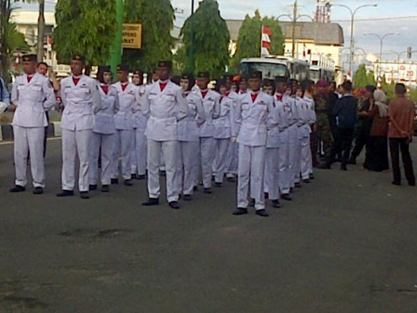 Pasukan Penurunan Bendera di Lhokseumawe Aceh. #UltahRI69