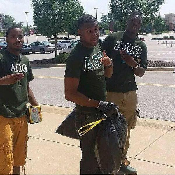 "follow @sonsandbros + join the movement 2 uplift our communities ""Young Men cleaning up after the #Ferguson protests"" http://t.co/4nQVj6oTlg"
