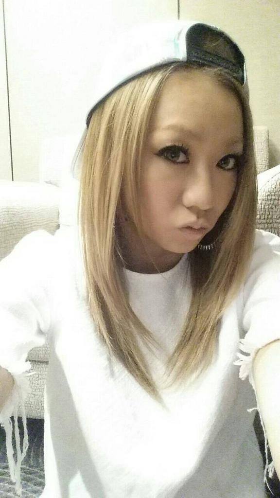 一世を風靡した大人気歌手 倖田來未の髪型まとめ Pv Live