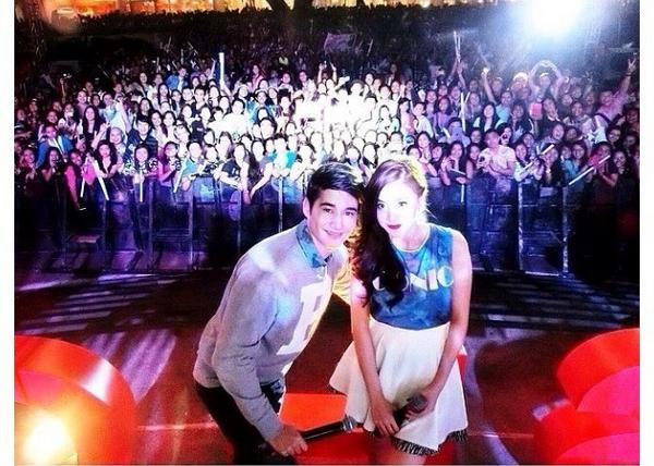 Thank you all my Fans at Cebu thank you so much po http://t.co/fkEEVSqqh8