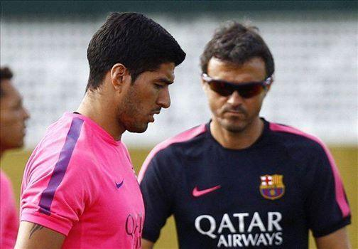 Luis Enrique confirms that Luis Suarez will make Barcelona debut tomorrow v Club León [Video]
