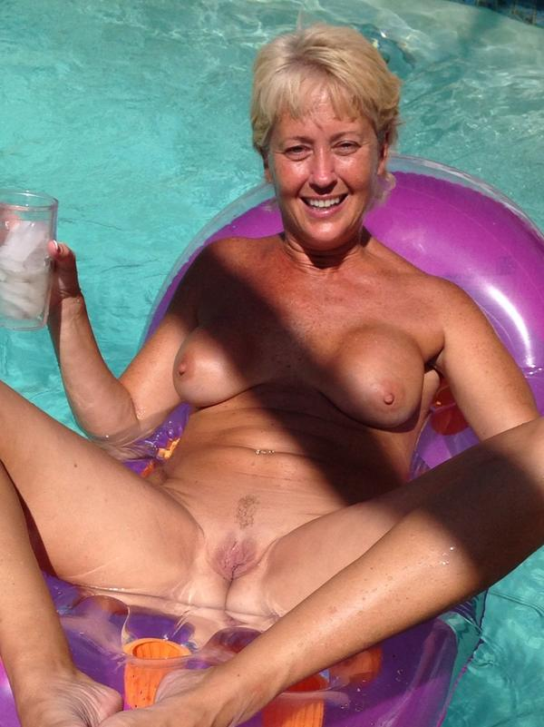 image Florida wife likes to talk dirty