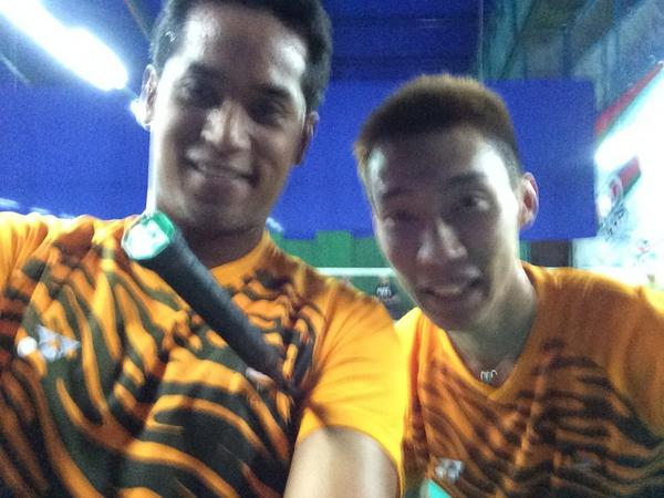 So I decided to show up at Challenger PJ with a friend. @lee_c_wei #FitMalaysia http://t.co/dYle9rd6KV