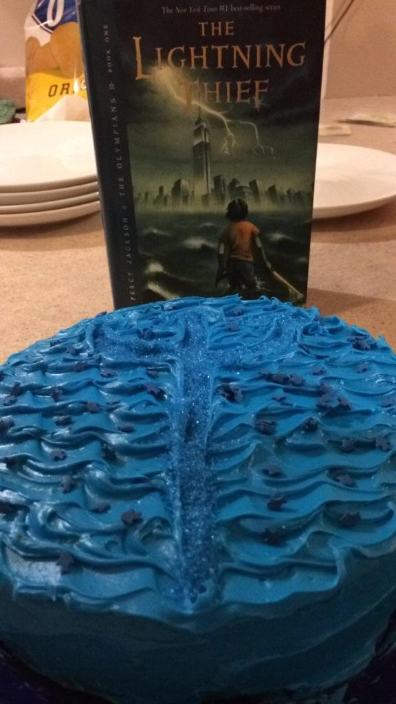 Ariel Owleyes On Twitter Camphalfblood Made Blue Birthday Cake
