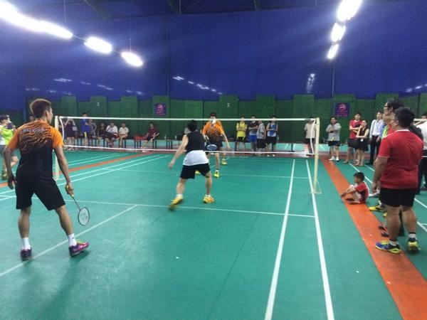 Challenger PJ now. @lee_c_wei scratch pair with up and coming player. #FitMalaysia @FitMalaysians http://t.co/VgAsZV1mbi