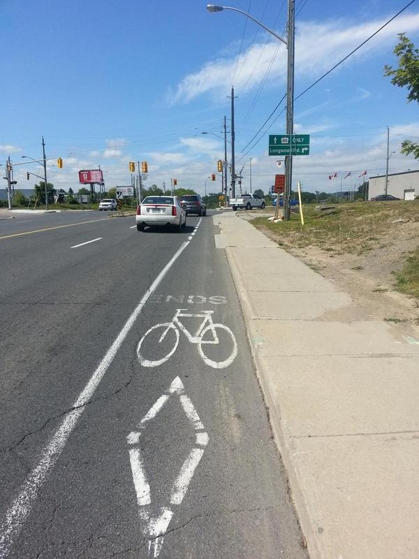Aberdeen bike lane ends before Longwood
