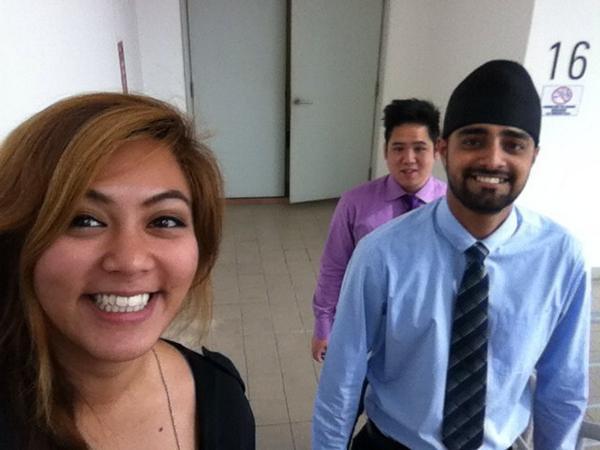 @khairykj's PerdanaFellows taking the stairs #FitMalaysia http://t.co/1tCkFuh9dl
