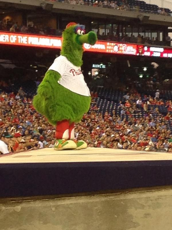 #phillies win 4-1 in a game that meant nothing   Sad but true http://t.co/2QyaLwQBmB