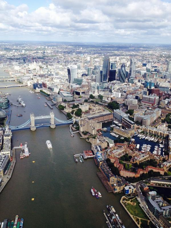 Gorgeousness of London from the chopper... http://t.co/CDGOdmWv7z