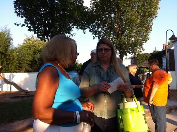 Councilwoman Sheryl Miller talks with a constituent during the joint Ward meeting. http://t.co/xCiGwQHZjF
