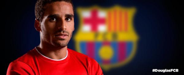 Twitter: Barcelona oficializa Douglas através de rede social