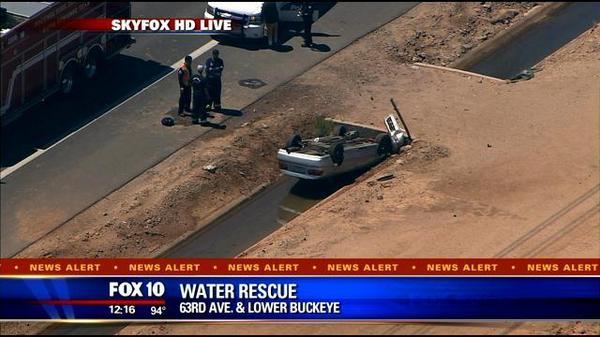 Water Avenue Buckeye Car : BREAKING Water rescue Avenue Buckeye Car