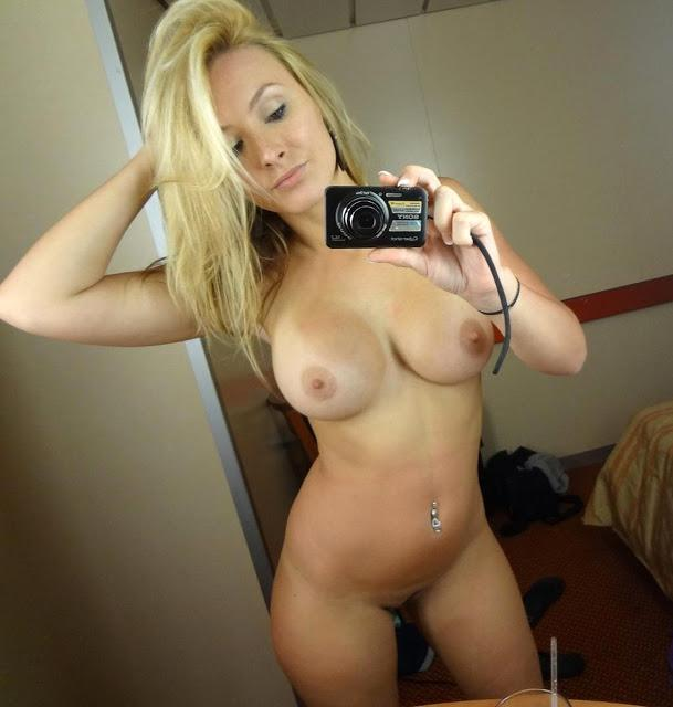 Naked white girl self shots — img 4