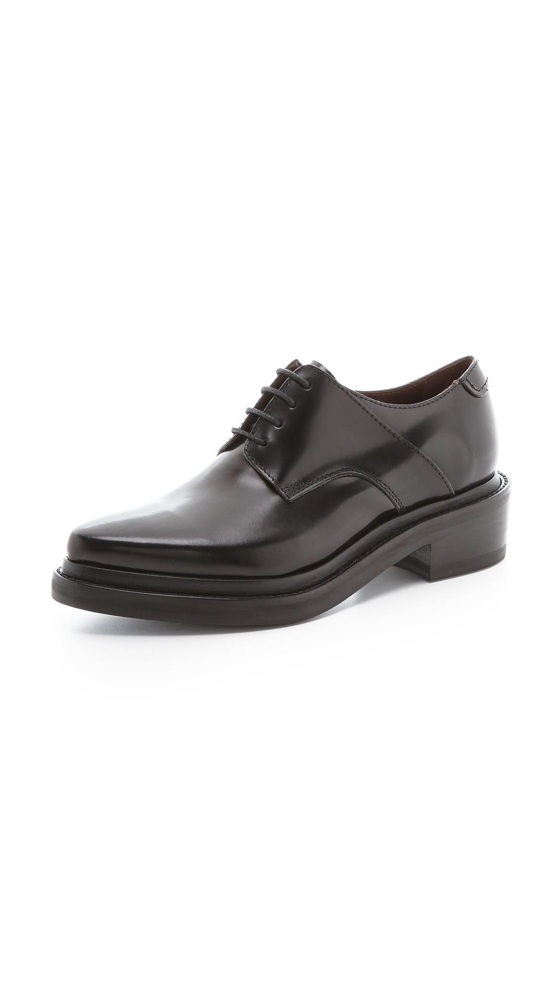 Need these @acnestudios oxfords? Us too: http://t.co/Cio9Xtfdw1 http://t.co/KtXcXP9qox
