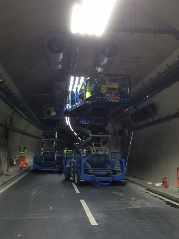 New ventilation system jet fans in place in #brumtunnels http://t.co/EkbLYHoHGu