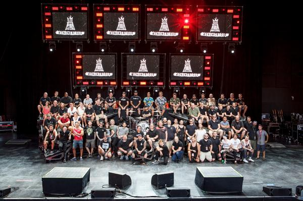 Thanks @falloutboy, @paramore, their crew & all you guys for helping make #MONUMENTOUR one of the best tours ever! http://t.co/7QomXyFlCQ