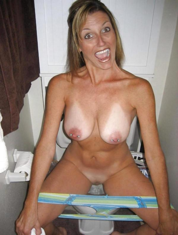 Nude milf surprised