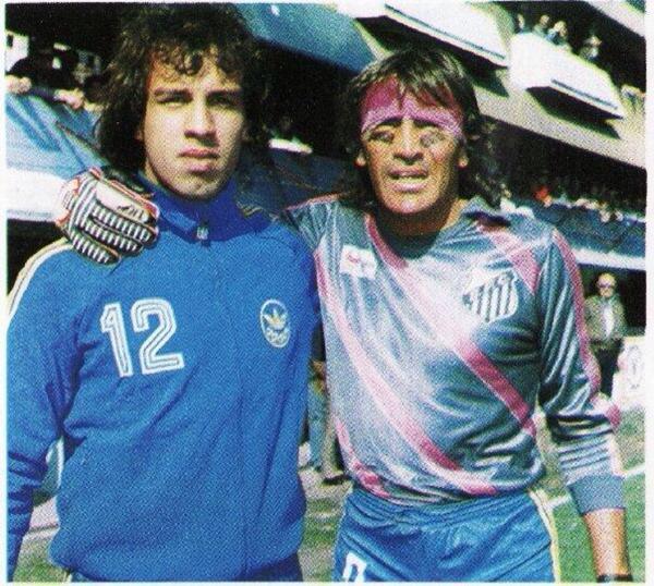 O goleiro do Boca que jogava com a camisa do Santos - Esporte - UOL ... 51fbf005d8a68