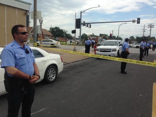 PHOTO: Scene from fatal shooting involving police officer in Riverview, St. Louis, about 15 miles from Ferguson. http://t.co/sqAq1Q3yuU