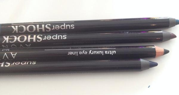 Best fall gel eyeliners from @AvonInsider  #DareToBeBold  they don't run or smudge. Teal is gorgeous http://t.co/CaVXoU1RPU