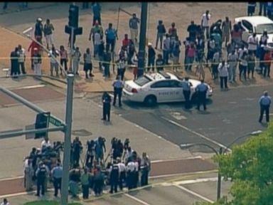 Kajieme Powell knife wielding thug killed by St. Louis cop