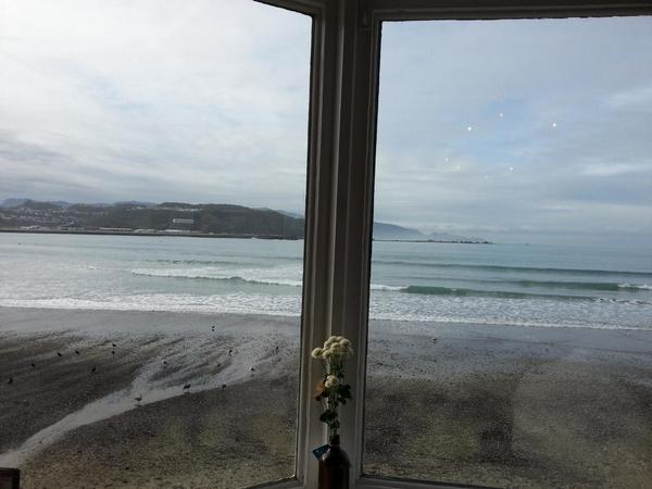 @RowanTaigel @robeanne Waiting for you at Maranui Surf Live Saving Club w/ @TimGanderNZ @Bec_Power  #eFellows14 http://t.co/OlyCbkscqs