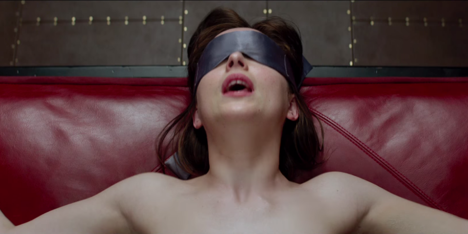 15 things he thinks when you ask for Fifty Shades-eqsue sex: http://t.co/znqkteWJ8S http://t.co/RZPQlZCjaK