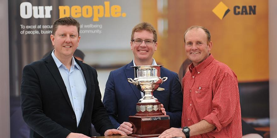 Congratulations Andrew and Heike Watson and family, awarded the 2014 Brownhill Cup at CommBank #AgQuip. http://t.co/TEAnhV0NvU