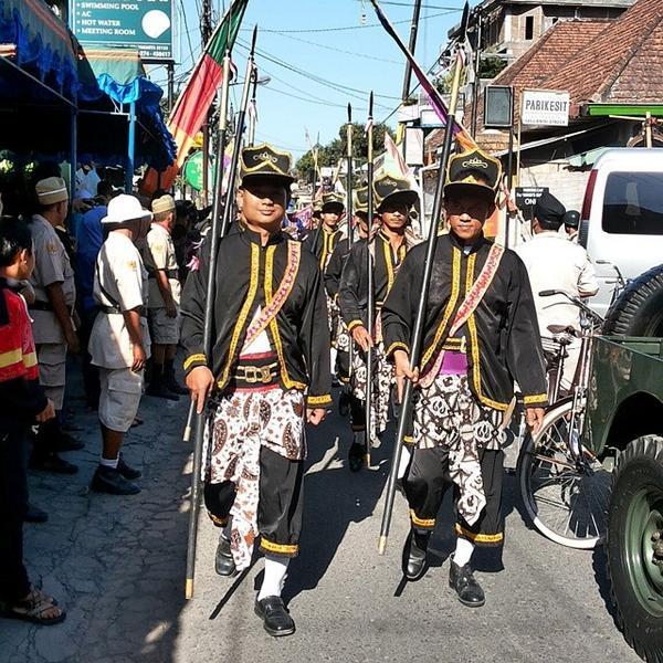 Kirab seni dan budaya #traditional #prawirotaman #jogja #Indonesia #DutaGuestHouse