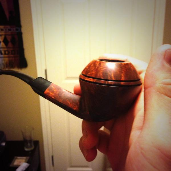 New #pipe. #christianpipesmoker #thescandal #scandalouspic.twitter.com/YNvuxNSW1q
