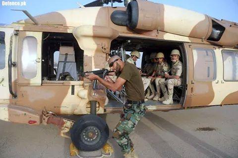 الموسوعه الفوغترافيه لصور القوات البريه الملكيه السعوديه (rslf) - صفحة 27 BvdbQIWCIAAJPj7